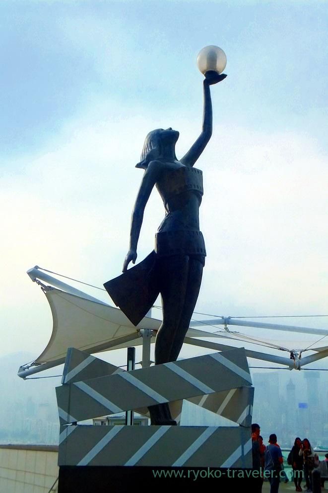 Woman's statue, Garden of Stars,East Tsim Sha Tsui (Hongkong 201602)