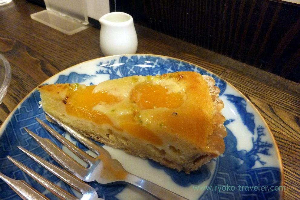 Comquat tart, Sumida coffee (Kinshicho)
