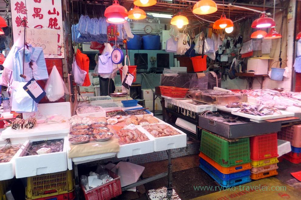 Seafood shop, Sheung Wan (Hongkong 201602)