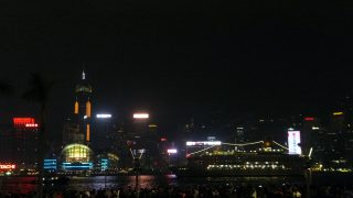 Hong Kong 2016 (8/18) : Sympony of Lights and Pulse 3D Light Show (幻彩詠香江)