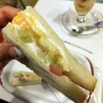 Yotsuya-Sanchome : Peach parfait and fruits sandwich at Fukunaga Fruits Parlor (フクナガフルーツパーラー)