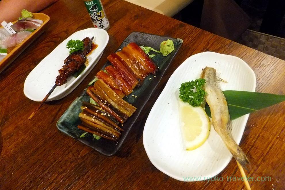 Grilled eels innards and grilled conger eel, Funakko (Higashi-Funabashi)Assorted sashimi, Funakko (Higashi-Funabashi)