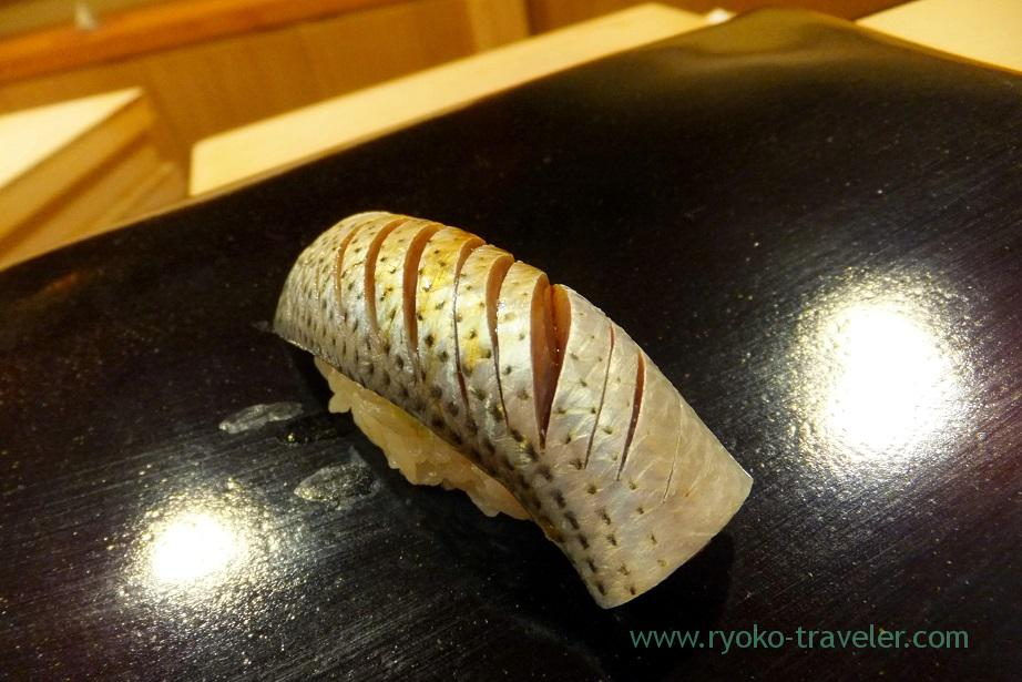 Medium-sized gizzard shad kohada, Nihonbashi Kakigaracho Sugita (Suitengu-mae)