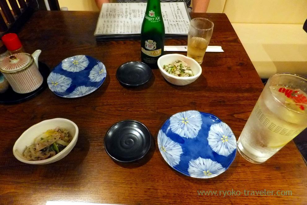 Our drinks were served, Funakko (Higashi-Funabashi)