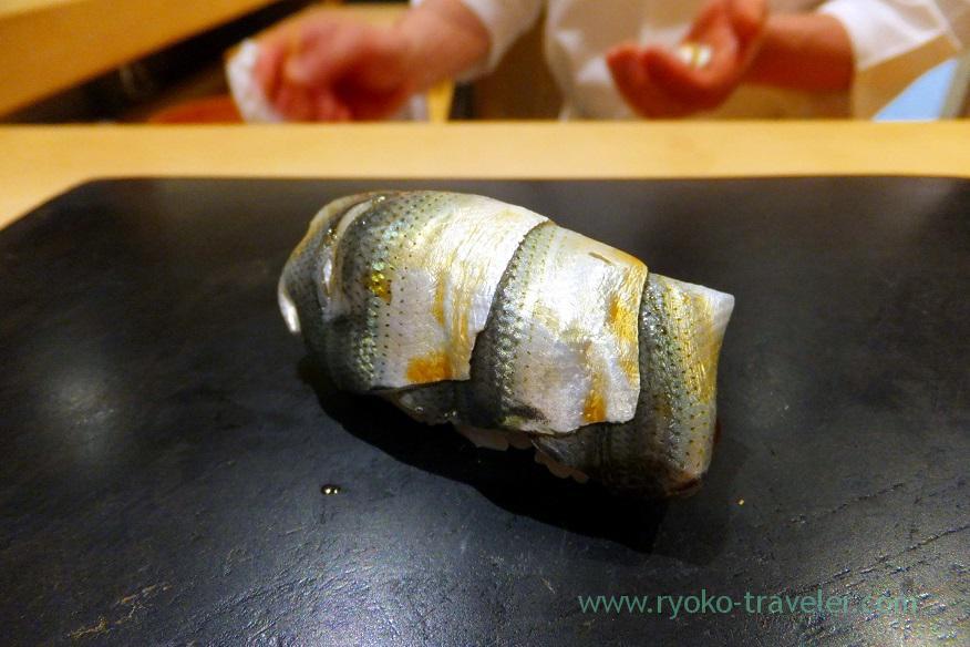 small-gizzard-shad-sushi-hashimoto-shintomicho