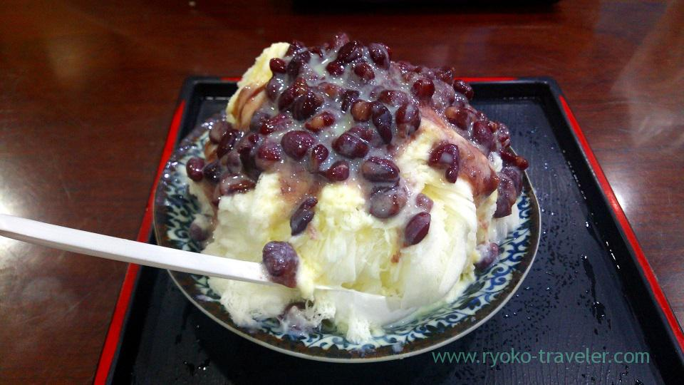 Snow shaved ice with redbeans, Gu Zao Wei Tofu Pudding, Shuanglian (Taipei 201605)