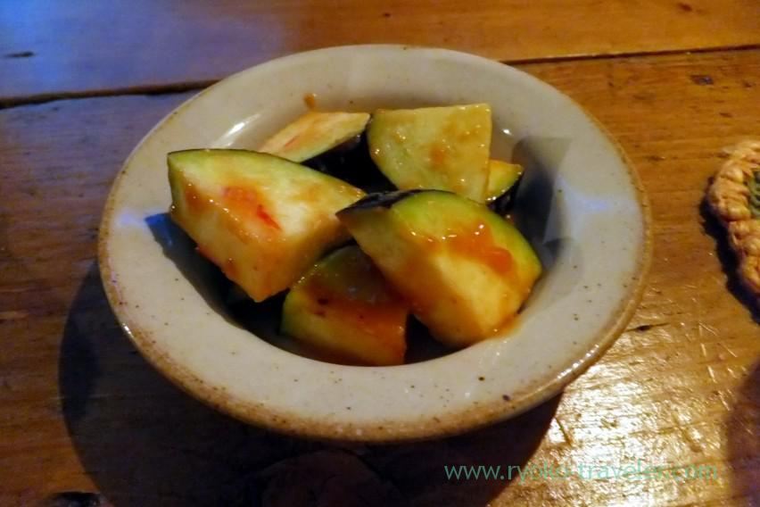 zucchini-dressed-with-plum-sauce-beer-bar-rupurin-ginza