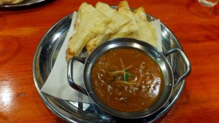 (Closed) Tsudanuma : Cheese naan and Indian curry at Krishna Kitchen (クリスナキッチン津田沼店)