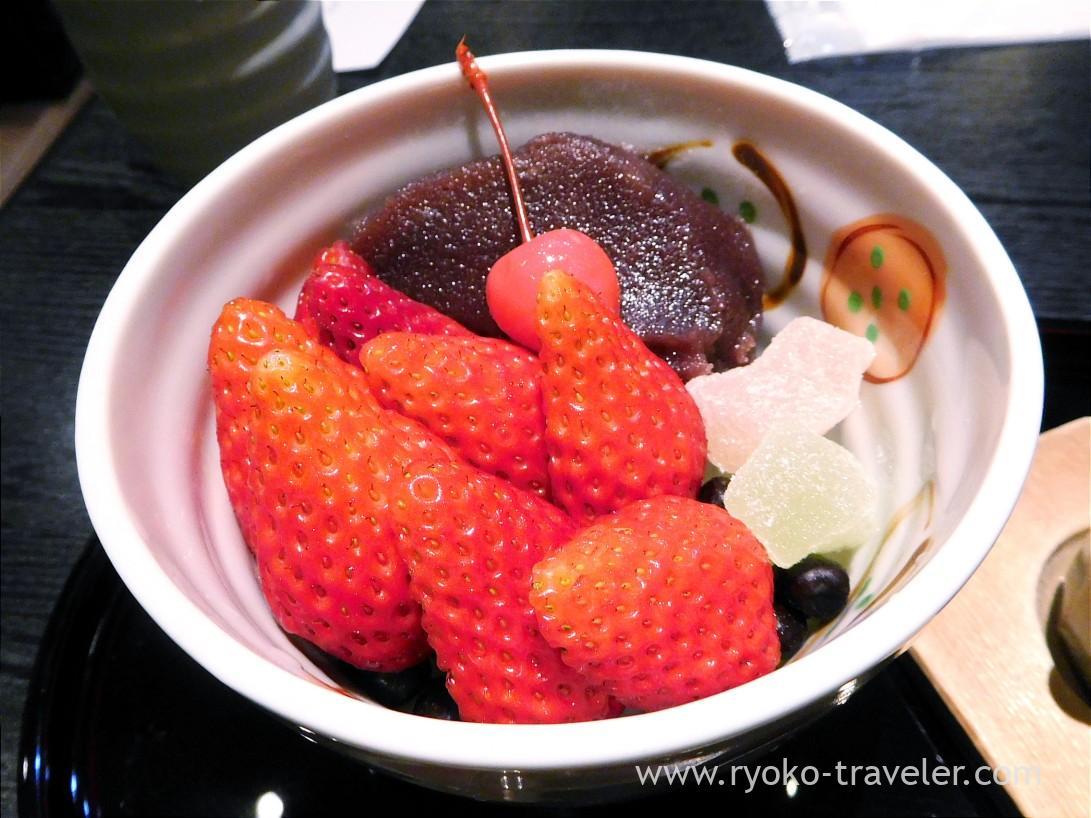 Strawberry anmitsu, Irie (Monzen-nakacho)