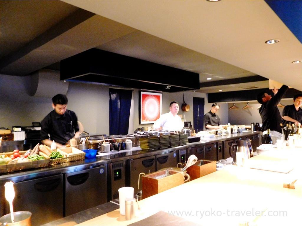Wide kitchen, Yakitori Imai (Omotesando)