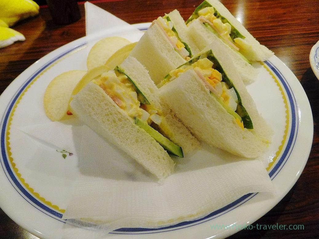 Ham, egg and lettuce sandwich, Mona lisa (Funabashi)