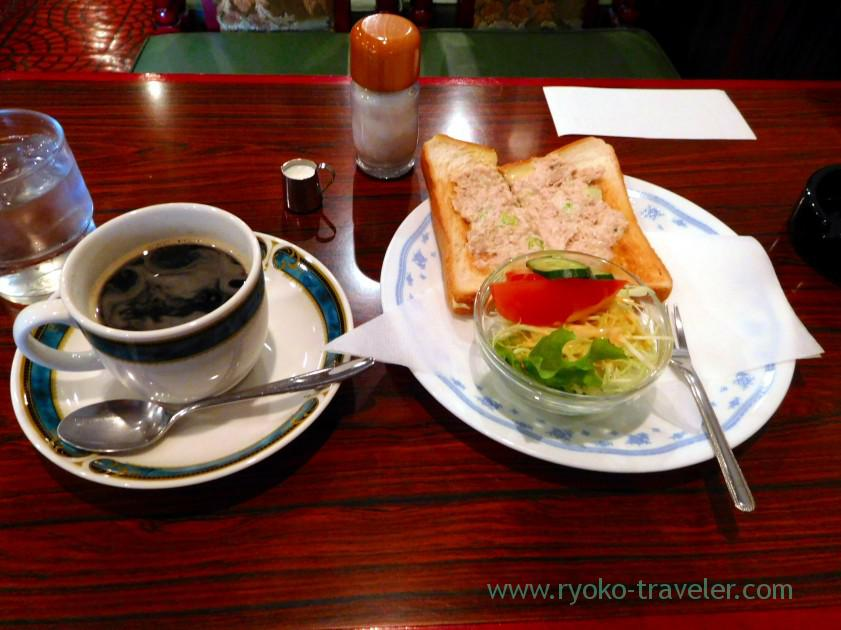 Tuna toast set, Coffee Monarisa (Funabashi)