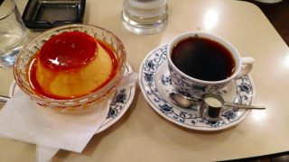 Toranomon : Jumbo pudding and coffee at Hekkerun (ヘッケルン)