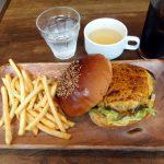 Kachidoki : Delicious hamburger at Nijiiro (ニジイロ)