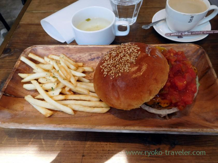 Mexican hamburger at a distant, Nijiiro (Kachidoki)
