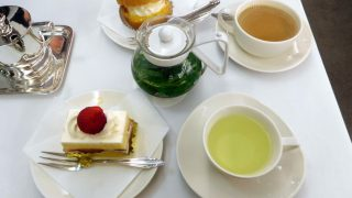 Ginza : Tea time at vintage Ginza West Tearoom (銀座ウエスト)