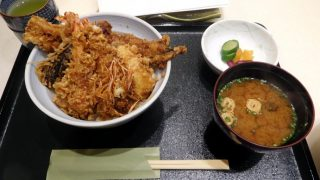 Toyosu Market : Edomae Tendon at Tempura AIYO (天ぷら 愛養)